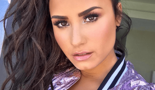 Demi Lovato is awake and recovering!